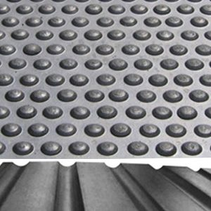 RUBBER STABLE MATS 6ft X 4ft X 12mm ***£37.50*** COLLECT IN PERSON FOR THIS SPECIAL ONLINE DEAL  !!!